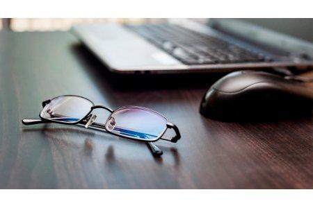Очки для работы за компьютером, советы по выбору.